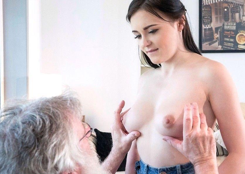 Chavala vende su virginidad y ese viejo la pone nerviosa