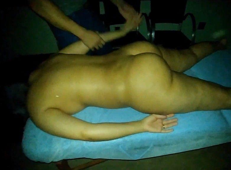 Clínica de masajes eróticos engaña a una paciente